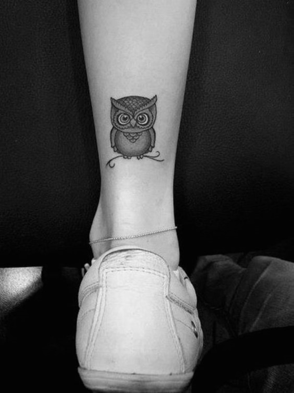 Relevant Small Tattoo Ideas and Designs for Girls0191