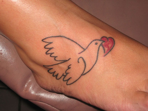 heart tattoo designs 41